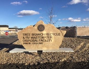 Tree Branch Recycling Sign
